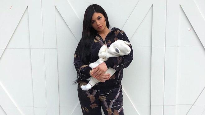 Kylie Jenner souligne le premier mois de vie de Stormi