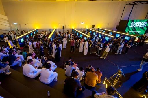 Ryad a accueilli des centaines de joueurs pour une compétition d'e-sport