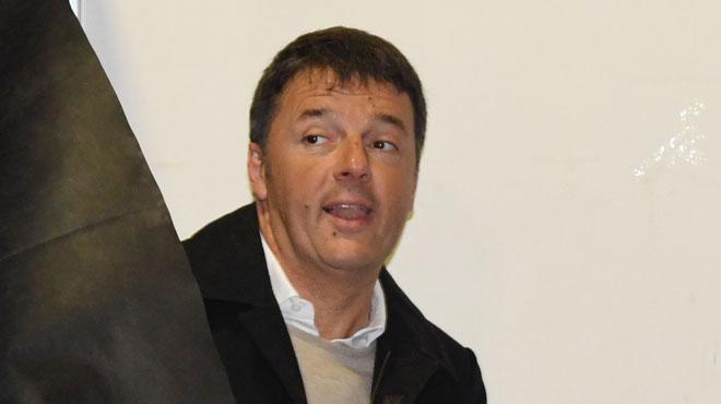 Elections en Italie: l'ancien président du Conseil Matteo Renzi démissionne-t-il de la tête de son parti après les mauvais résultats?