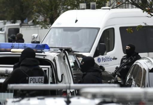 Belgique: 8 arrestations à Molenbeek dans un dossier terroriste
