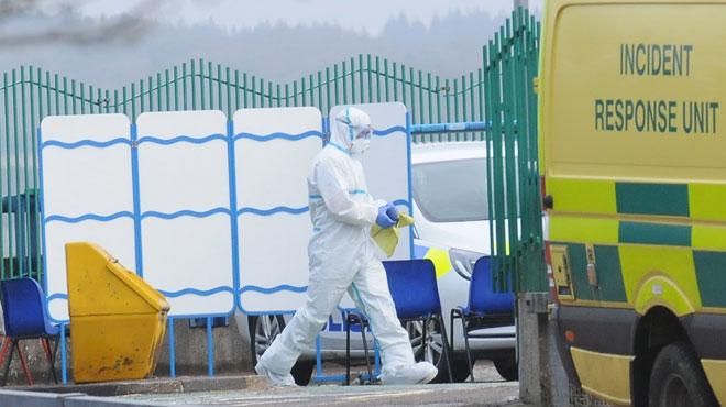 Un ex-espion russe aurait été mystérieusement empoisonné: Il a été retrouvé inconscient sur le banc d'un shopping en Angleterre