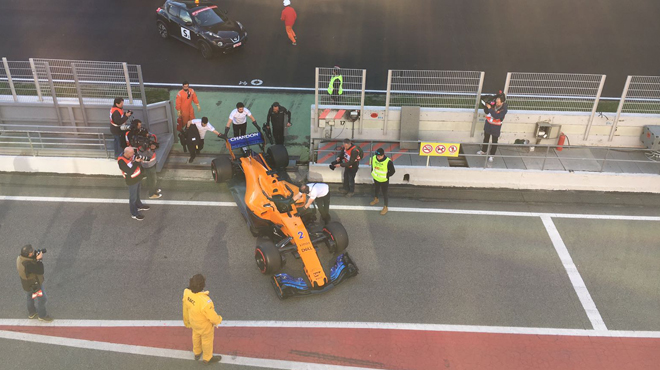 A mi-journée, Vettel fonce, McLaren à l'arrêt — Essais Barcelone