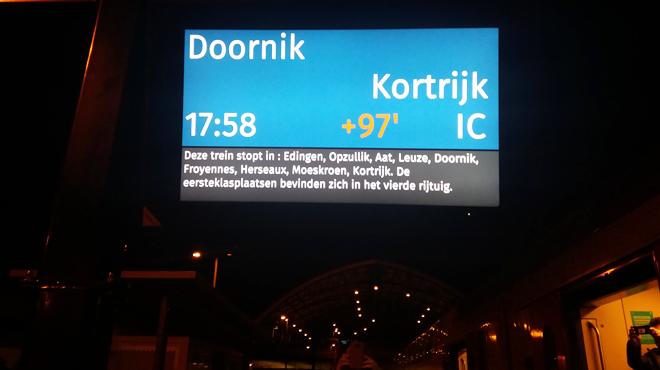 Un train en panne provoque de gros retards sur la ligne Bruxelles-Tournai: