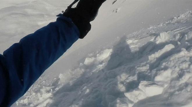 IMAGES INCROYABLES: vivez une avalanche sous vos pieds comme si vous y étiez... et survivez-y grâce à votre airbag