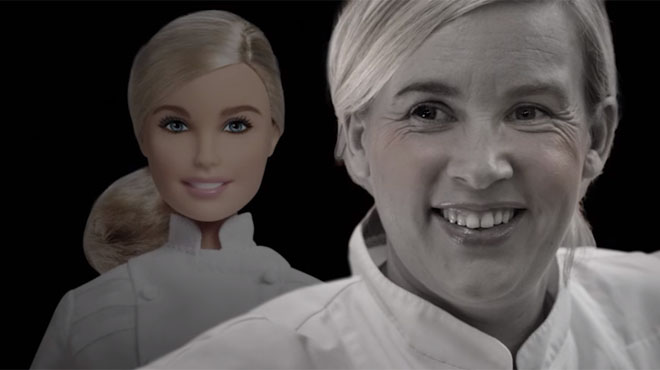 Hélène Darroze a une poupée Barbie à son effigie… Mais elle n'est pas ronde pour autant (vidéo)