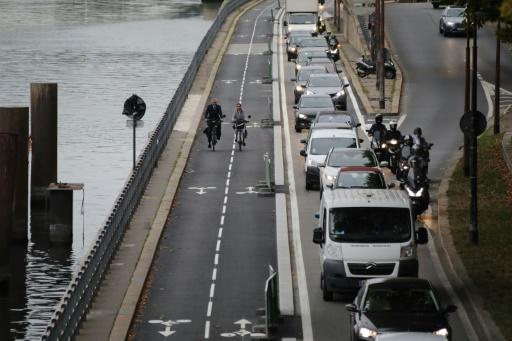 Stationnement: les contrôles étaient fictifs, Paris blâme Streeteo