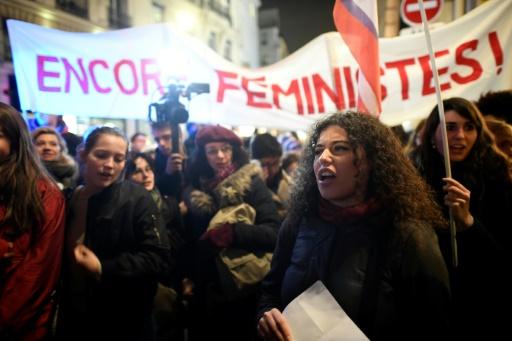 Pour les jeunes militantes féministes,
