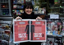Journée internationale des femmes: un quotidien français plus cher pour les hommes
