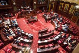 Le Sénat appelle à une politique ambitieuse face aux perturbateurs endocriniens
