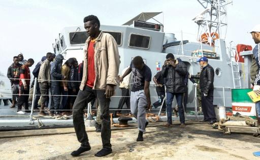 Plus de 250 migrants secourus au large de la Libye
