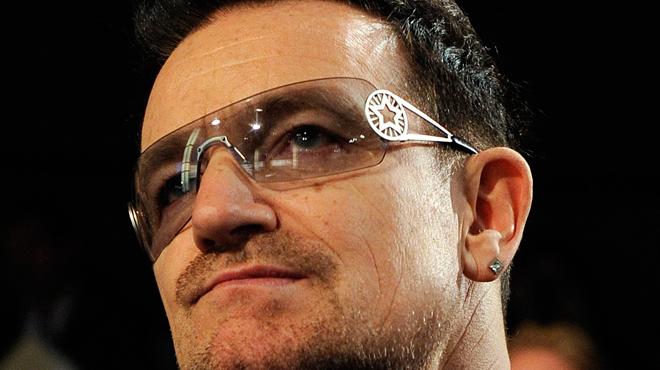 Bono s'excuse après les accusations de harcèlement dans son ONG: