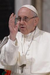 Le pape encourage les