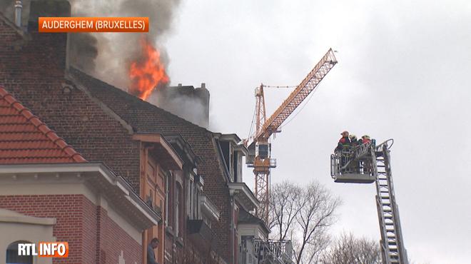 Drame à Auderghem: une personne décède dans l'incendie de son appartement