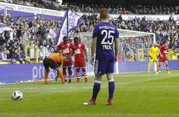 Le RSC Anderlecht refuse la proposition de trois journées de suspension pour Trebel