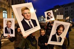 Slovaquie: les appels à des élections anticipées se multiplient