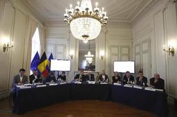 Gouvernance publique à Bruxelles: la proposition sur le décumul intégral a été adoptée en commission