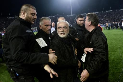Violences: la Fifa menace le football grec d'un