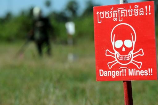 Deux démineurs australien et cambodgien meurent lors d'une explosion à l'entraînement