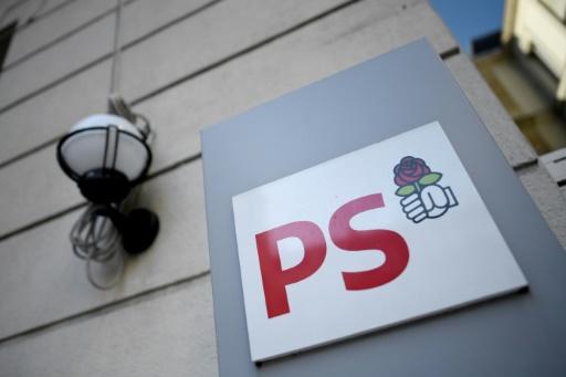 Les militants PS votent pour choisir leur premier secrétaire
