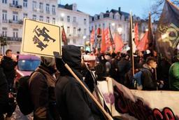 Quelque 200 personnes manifestent à Bruxelles contre les violences policières