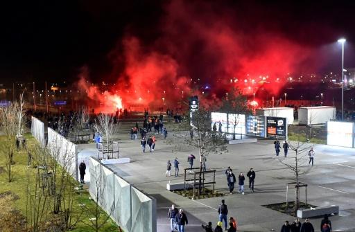 Lyon-CSKA Moscou: au moins 8 policiers blessés après des échauffourées