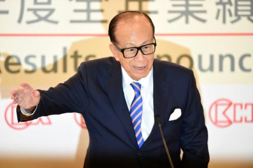 Li Ka-shing, l'homme d'affaires le plus riche de Hong Kong, annonce sa retraite