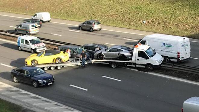Gros accident sur la E40 à hauteur de Vottem: deux Porsche impliquées... indirectement (photos)