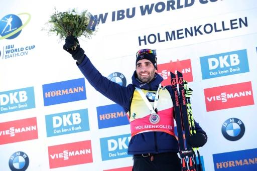 Biathlon: Fourcade s'envole, les Bleues fêtent Dorin