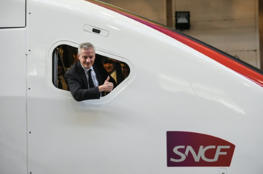 SNCF: face à la grève, le gouvernement tiendra bon, affirme Le Maire