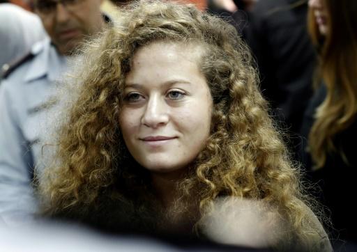 Une adolescente devenue une icône palestinienne continuera à être jugée à huis clos