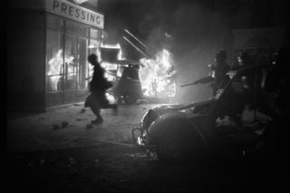 Mai 1968 - quand la France s'embrase