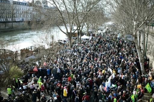 Manifestations: les médias adoptent leur propre système de comptage