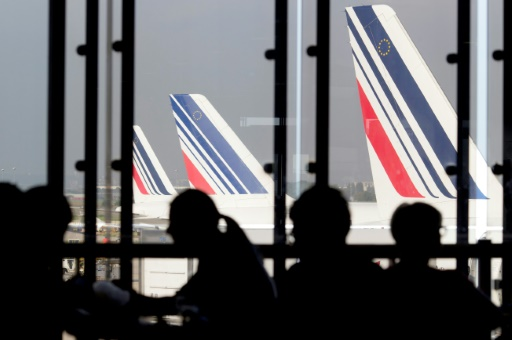 Salaires: Air France fait un pas vers les pilotes, sans succès