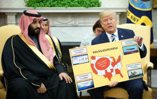 Trump affiche sa complicité avec