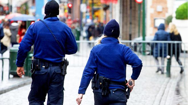Deux braqueurs cagoulés s'attaquent au Delhaize de Saintes: ils emportent de l'argent et de l'alcool