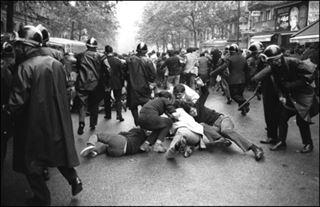 Mai 1968- d'ex-policiers racontent leurs barricades