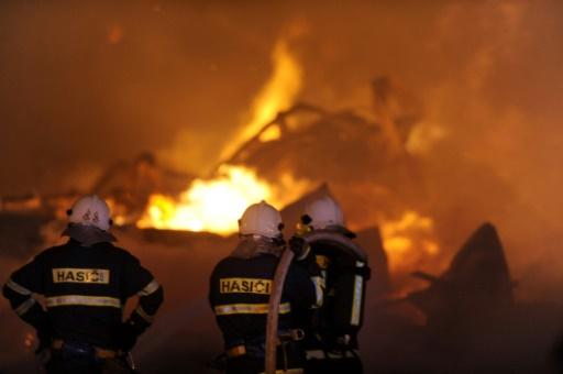 République tchèque: au moins six morts dans une explosion dans une usine chimique