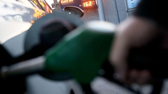Attention si vous devez faire le plein: le diesel à son plus haut niveau depuis octobre 2014