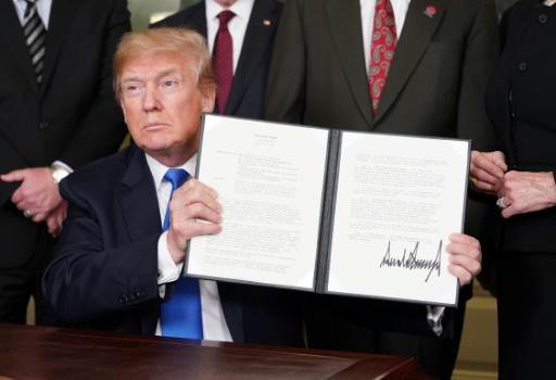 Guerre commerciale: Pékin et Washington se rendent coup pour coup