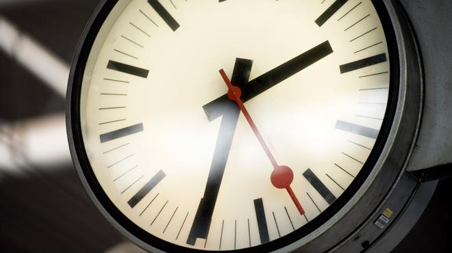 La Belgique passe à l'heure d'été la nuit prochaine: est-ce la dernière fois?