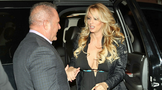 L'ex-actrice porno Stormy Daniels va-t-elle mettre Donald Trump dans l'embarras? La