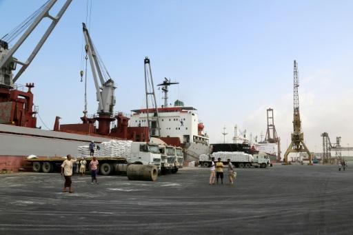 Au Yémen, le port de Hodeida asphyxié par un blocus de facto