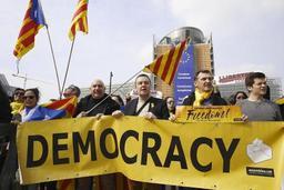 Quelques dizaines de Catalans manifestent, à Bruxelles, leur soutien à Puigdemont