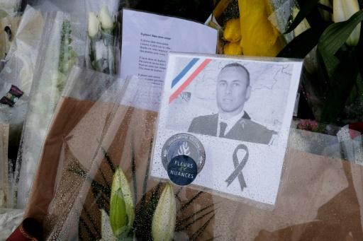 Aude: hommage national au gendarme Beltrame mercredi après une veillée à Paris (Elysée)