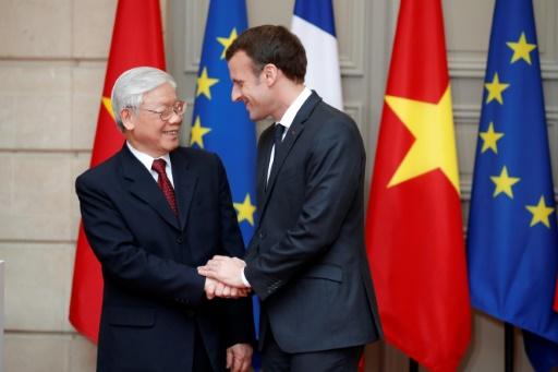 Le numéro un vietnamien à l'Elysée, de gros contrats signés