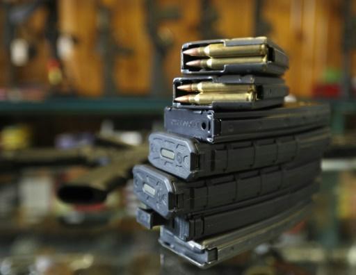 Armes: un haut magistrat américain appelle à réviser la Constitution