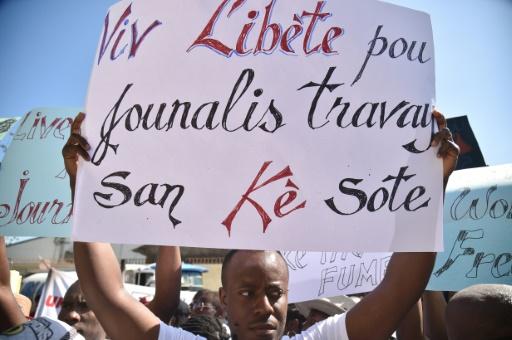 Haïti: les journalistes exigent la vérité sur la disparition de leur collègue