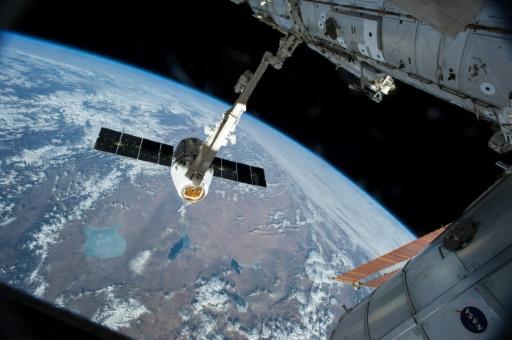 Succès de la 209e sortie dans l'espace de la Station spatiale internationale