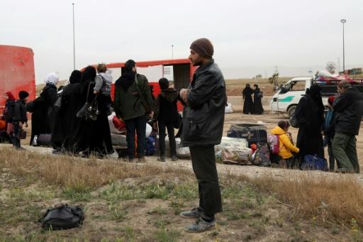 Syrie: les rebelles évacuent en masse la Ghouta pour le 7e jour consécutif