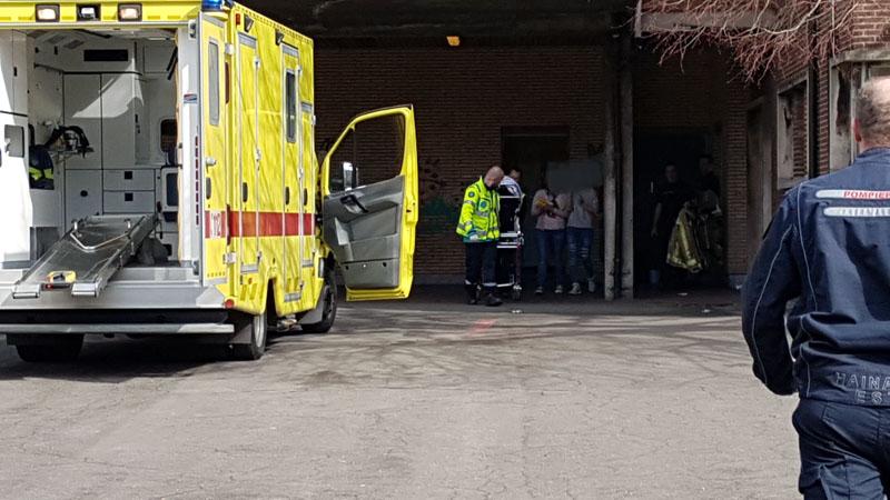 Une petite fille de 3 ans se coince la jambe dans le trou d'une salle de gym à Dampremy: